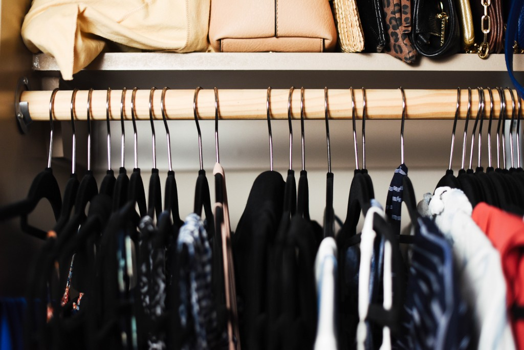4 Steps for an Easy Closet Clean Out